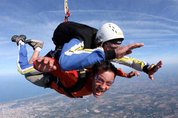 saut en parachute 85