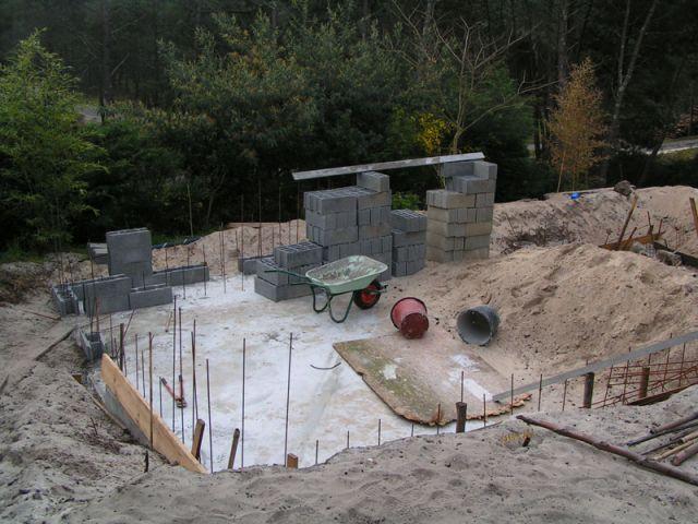 La pr paration de la chappe et le ferraillage de la piscine for Regle construction piscine