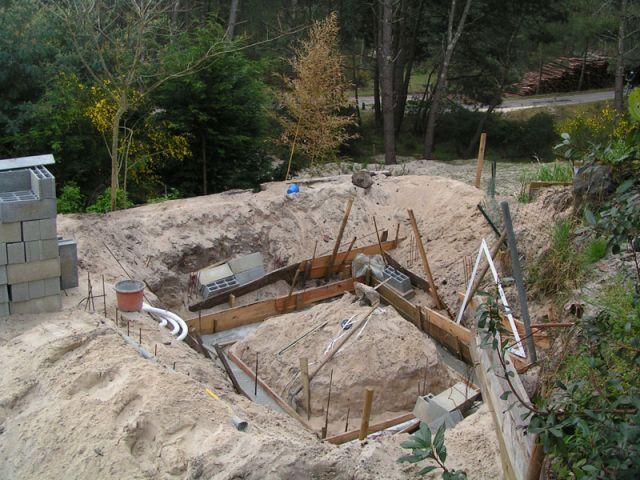 Construction de piscine choix de l 39 emplacement et for Construction piscine 45