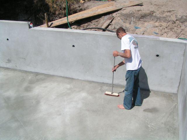 Construction piscine etape 1 etat du support et pr cautions for Etape construction piscine