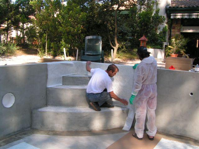 construction piscine etape 3 stratification de la piscine. Black Bedroom Furniture Sets. Home Design Ideas