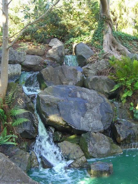 Cascades artificielles du jardin botanique de brisbane et for Cascade jardin japonais